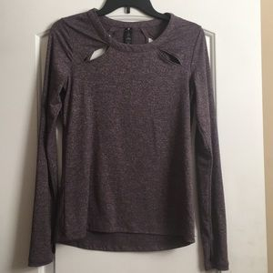 Tops - Long sleeve workout top. NEW